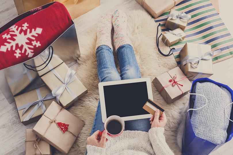 cyber monday mobile shopping blog